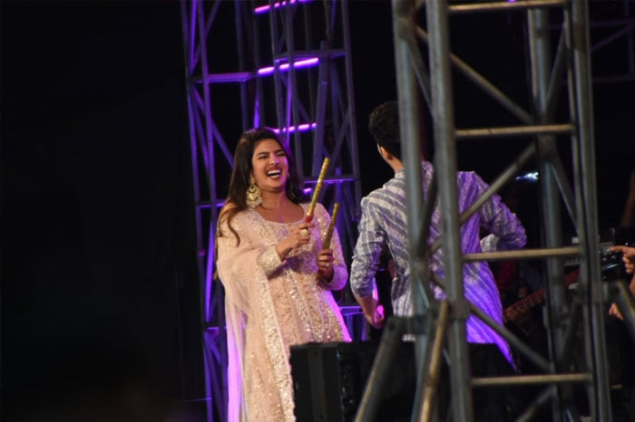Priyanaka Chopra Adds Festive Twist To The Sky Is Pink Promotion With Dandiya
