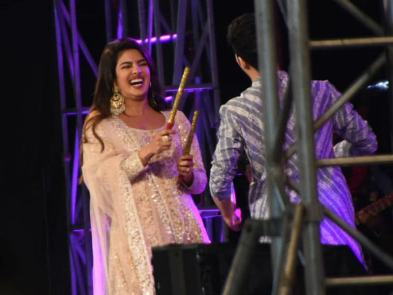 Priyanaka Chopra Adds Festive Twist To The Sky Is Pink Promotion With Dandiya