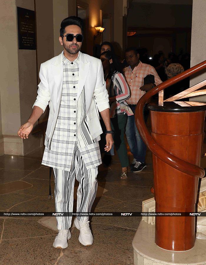 How Priyanka Chopra And Janhvi Kapoor Impressed The Fashion Police