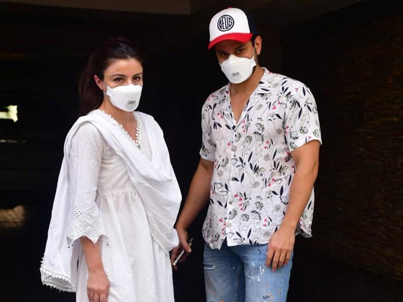 Photo : Catching Up With Soha Ali Khan And Kunal Kemmu