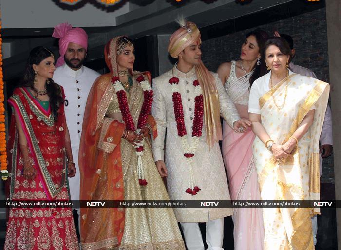 Kodak Moment Saif Kareena Sharmila Celebrate Sohas Wedding