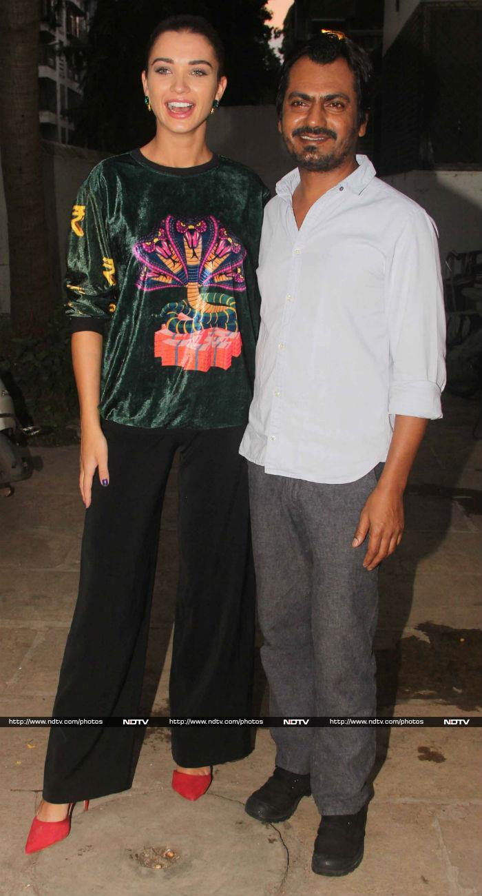 Sonakshi\'s Freaky Film Outing