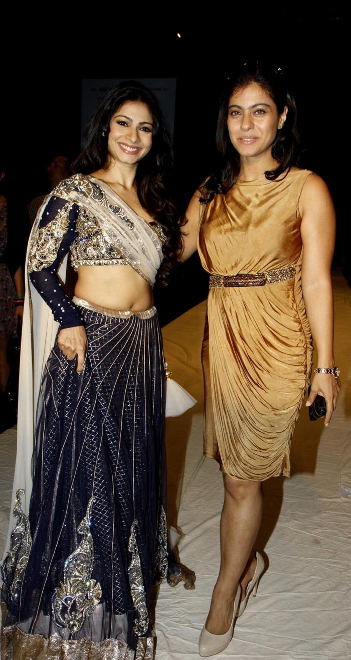 Kajol, Tanisha at Lakme Fashion Week