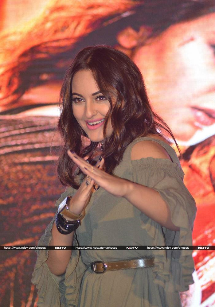 Sonakshi\'s Action Chops in Akira Are Asli Sona