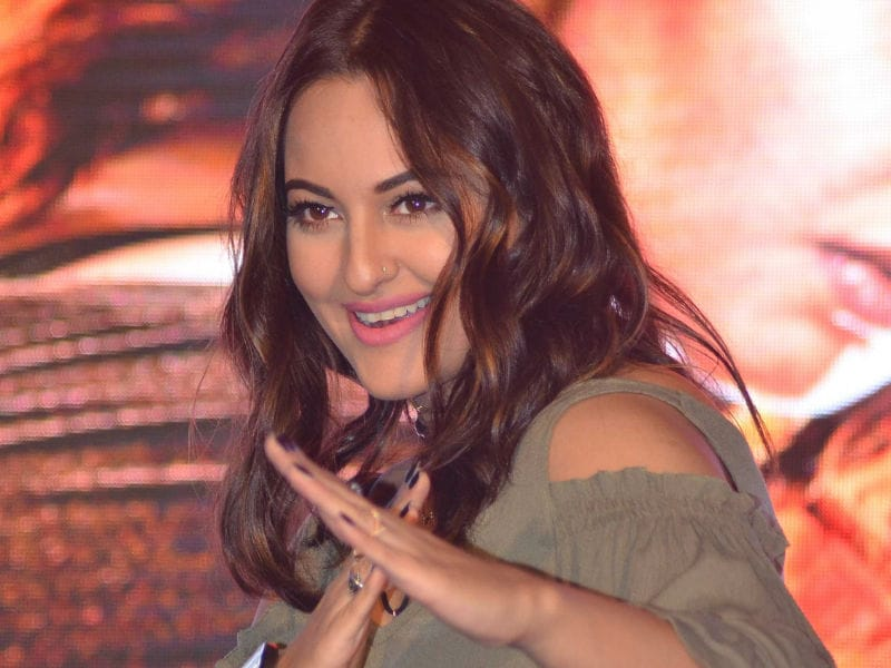 Sonakshi's Action Chops in Akira Are Asli Sona