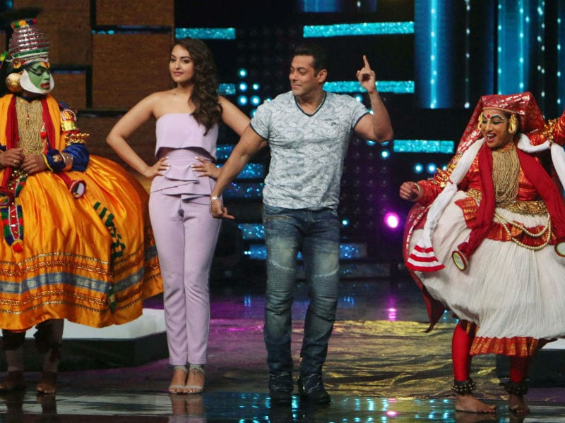 A Dabangg Reunion For Salman Khan And Sonakshi Sinha