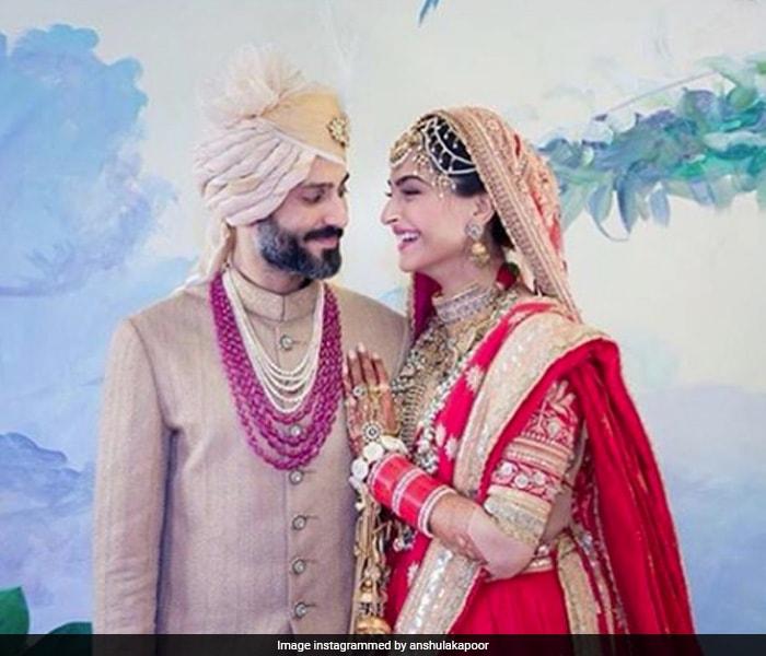 सोनम की शादी में इमोशनल हुईं जाह्नवी, रिया और अंशुला, शेयर कीं ये तस्वीरें