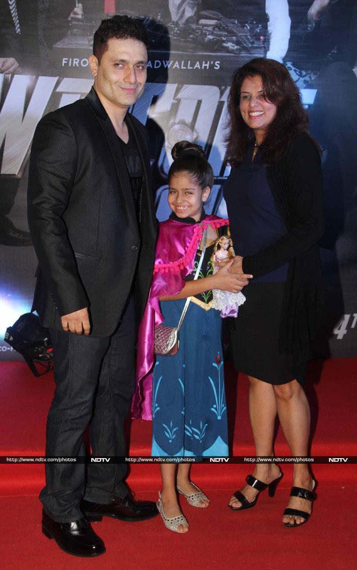 How Majnu Bhai\'s Jhakaas Daughter Welcomed Him Back