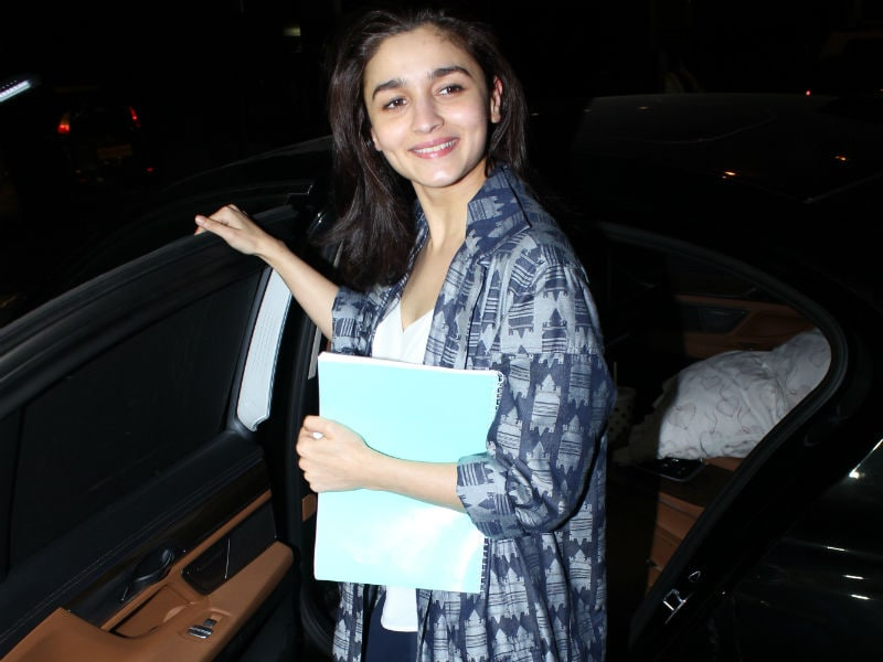 How Alia Bhatt, Sonam Kapoor And Other Celebs Started Their Week