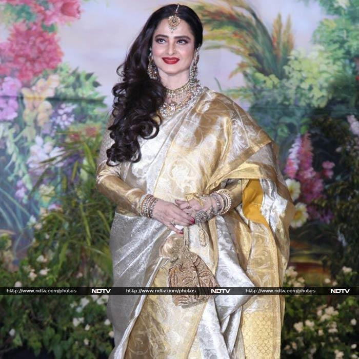 शाहरुख-गौरी से ऐश्वर्या-अभिषेक तक, सोनम कपूर के रिसेप्शन में पहुंचे ये सेलेब्स