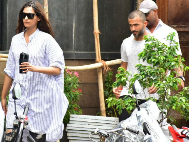 A Mausam For Couples With Sonam-Anand, Shahid-Mira