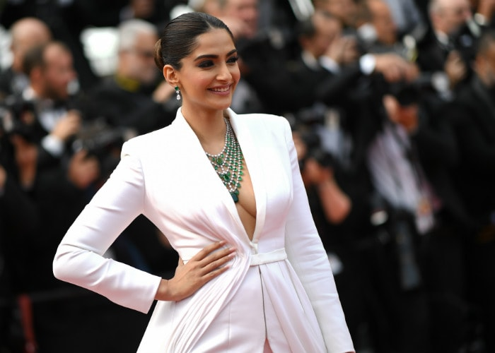 Sonam Does The Unexpected, Aishwarya Makes The French Riviera Sparkle