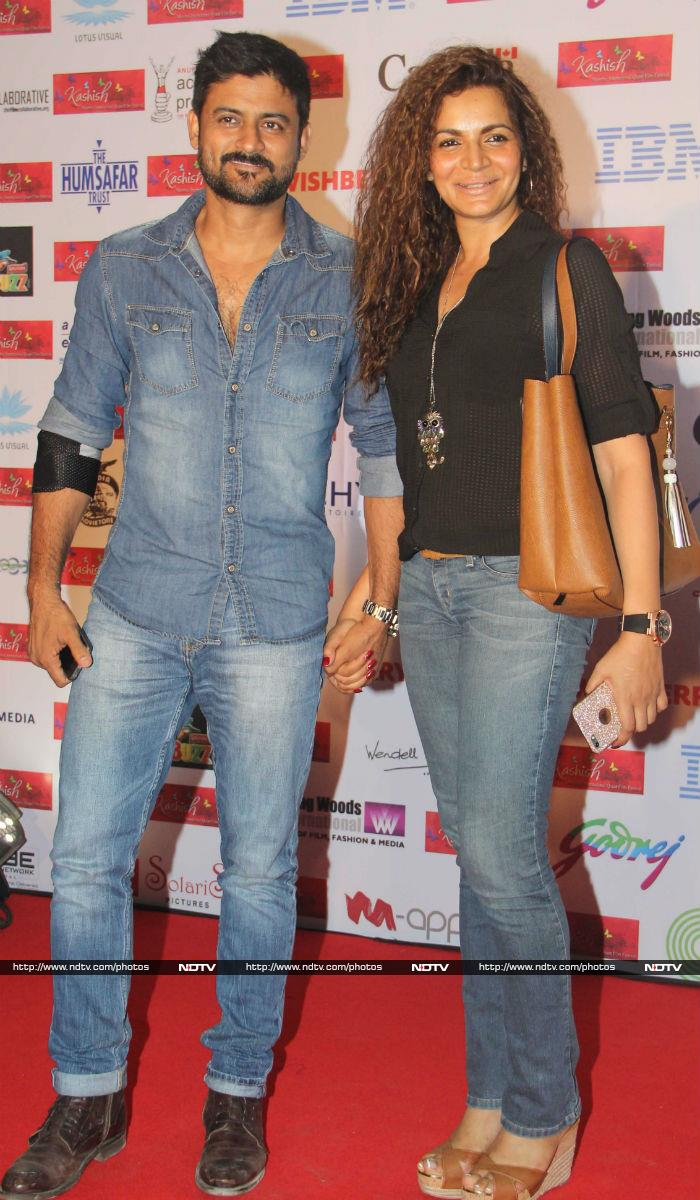 Sonam Kapoor And Her Desi Thumkas