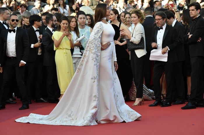 Cannes 2016: Sonam, Aishwarya, Richa Steal the Show