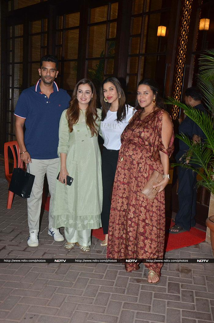 About Last Night: Neha, Soha, Dia Party Together