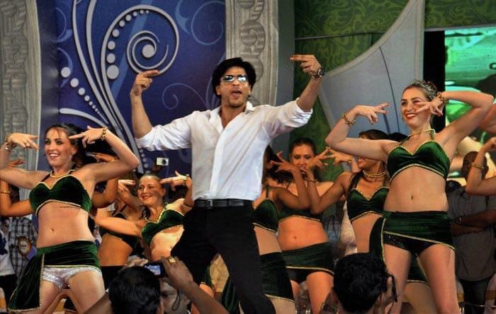 SRK enthralls fans in Kerala