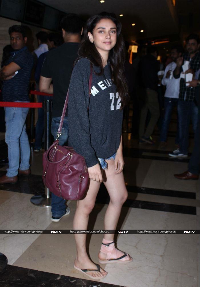 Kareena Kapoor Khan Is Giving Us Fitness Goals