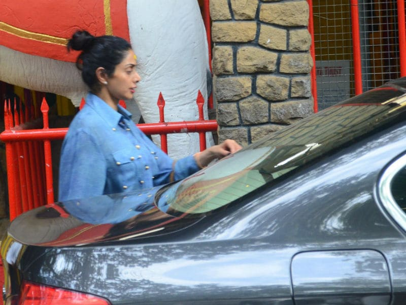 Photo : What Sridevi Did On The Day MOM Released