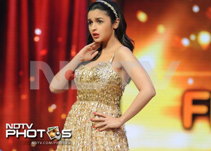 Alia, Varun, Sidhharth on Jhalak... grand finale
