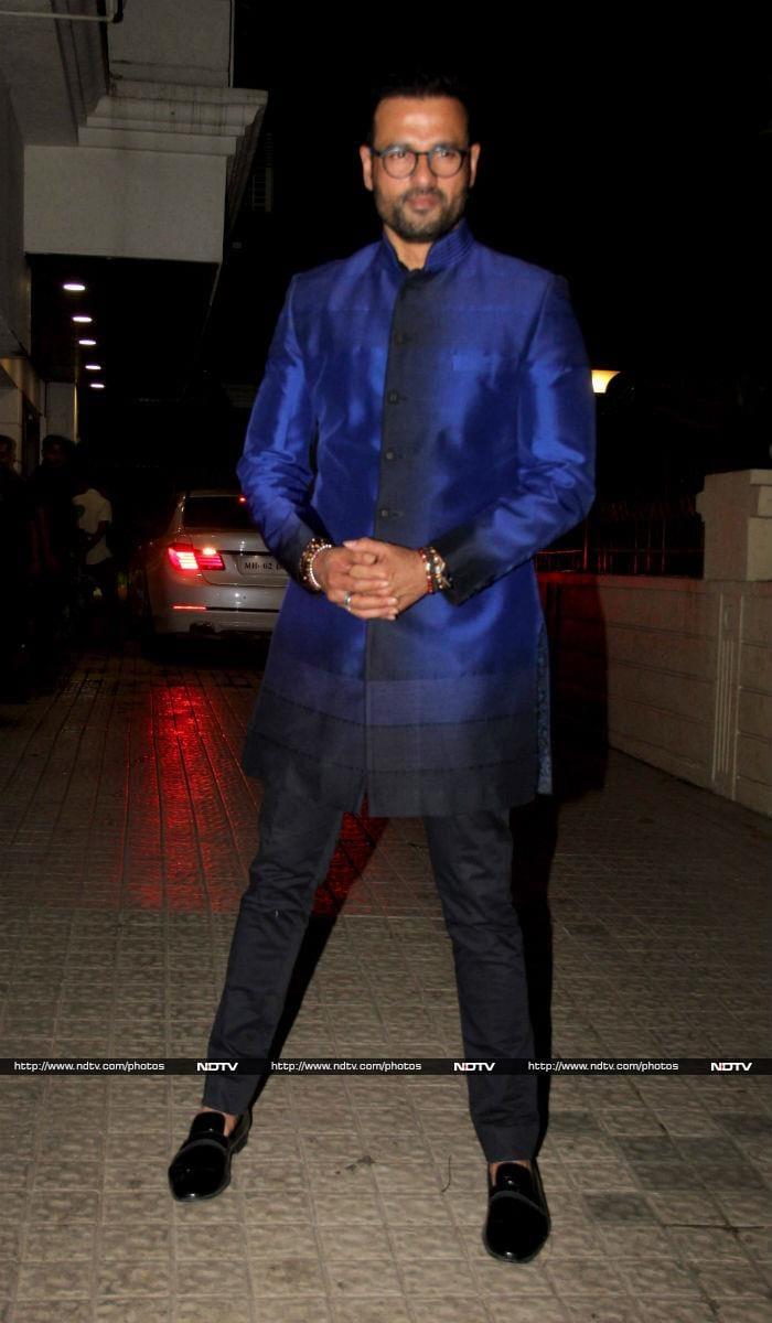 Shah Rukh Khan Had A Super Busy Pre-Diwali Celebration