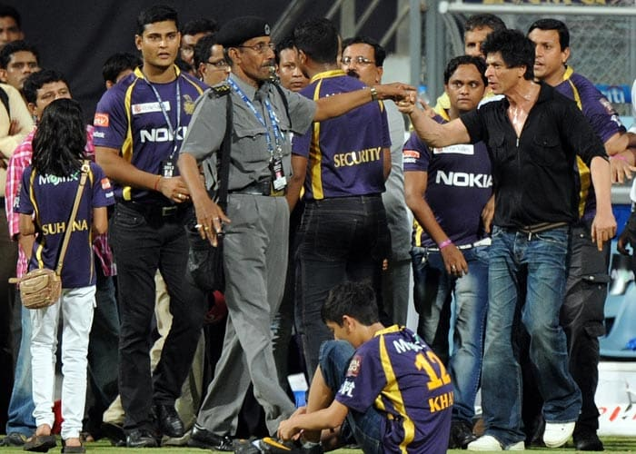 SRK\'s scuffle at Wankhede stadium