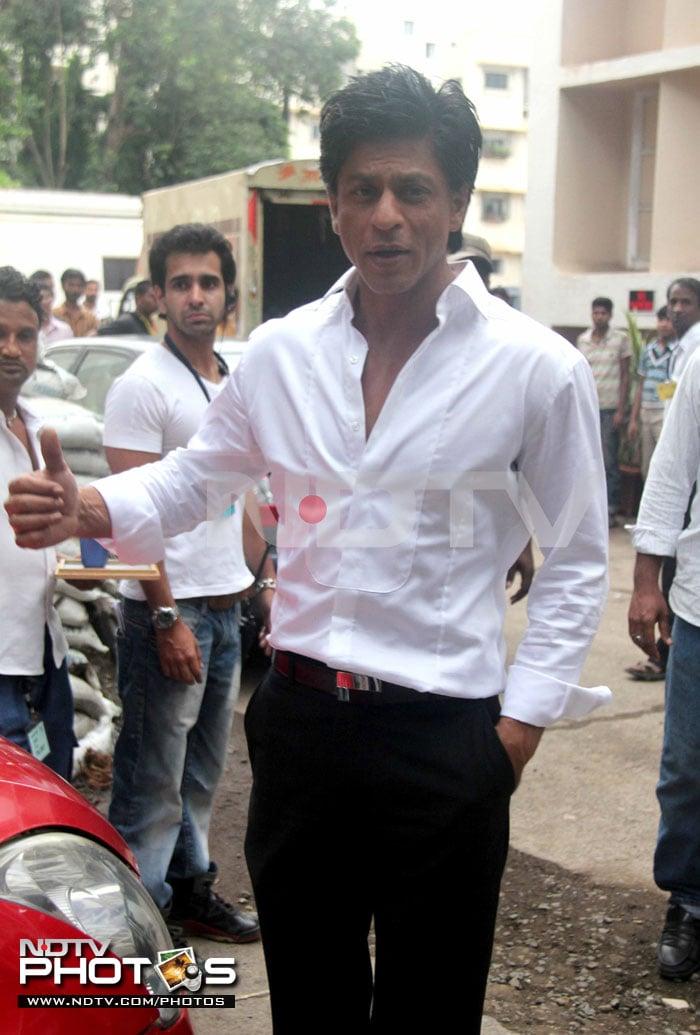 Star Spotting: SRK, Sonakshi, Akshay