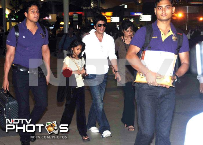 Snapped: SRK with daughter Suhana