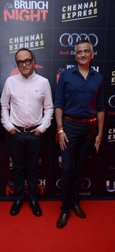 Delhi parties with Shah Rukh, Deepika