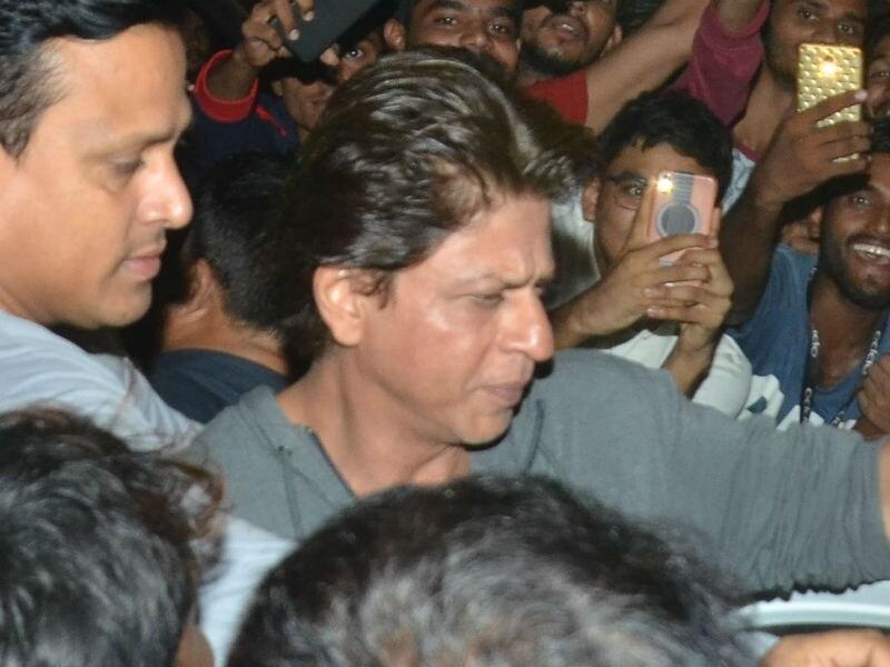 Shah Rukh And Gauri Add Stardust To Zoya Aktar's Party