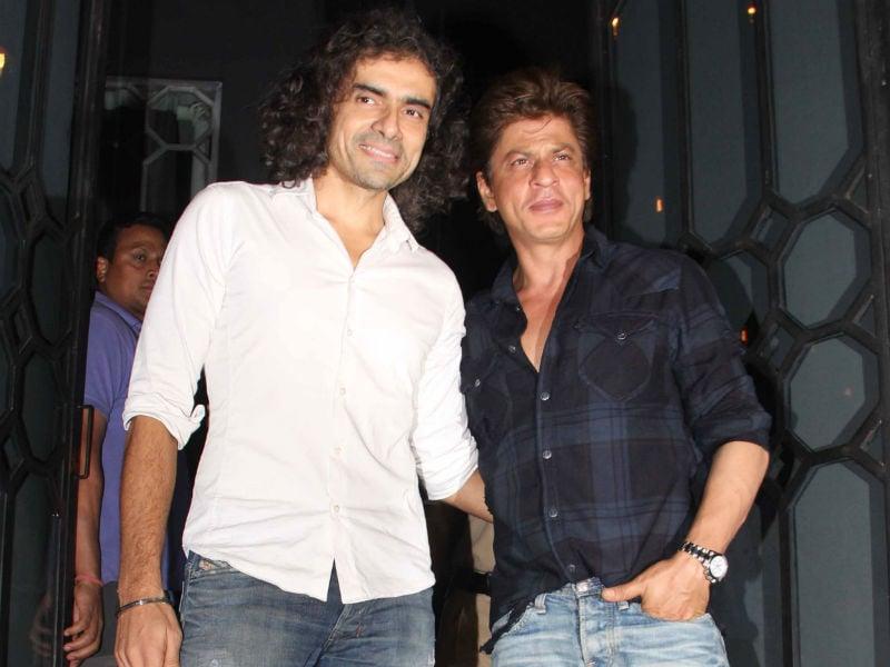Photo : जब इम्तियाज अली से  मिले 'हैरी' शाहरुख खान..