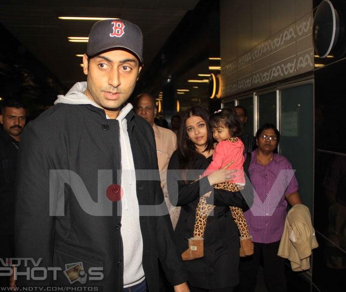 Happy family: Ash, Abhishek and Aaradhya