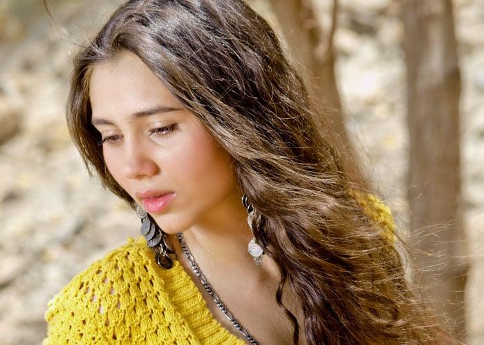 Meet Salma Agha\'s daughter Sashaa