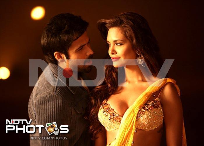 Stills: Emraan Hashmi, Esha Gupta in Jannat 2