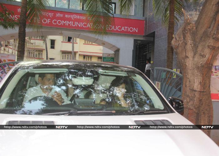 इन दिनों यहां बिजी हैं शाहरुख खान की बेटी सुहाना