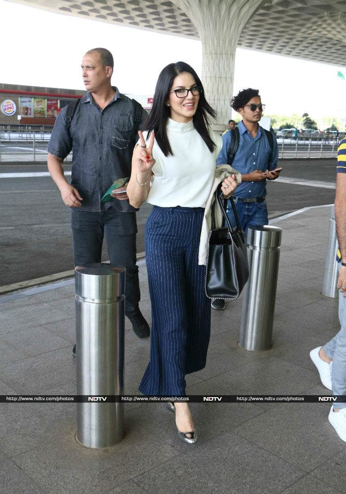 Happy Birthday, Sunny Leone: Actress With Million Dollar Smile@38