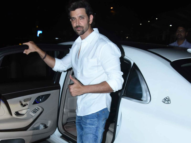 Photo : Inside Hrithik And Sussanne's Fam-Jam