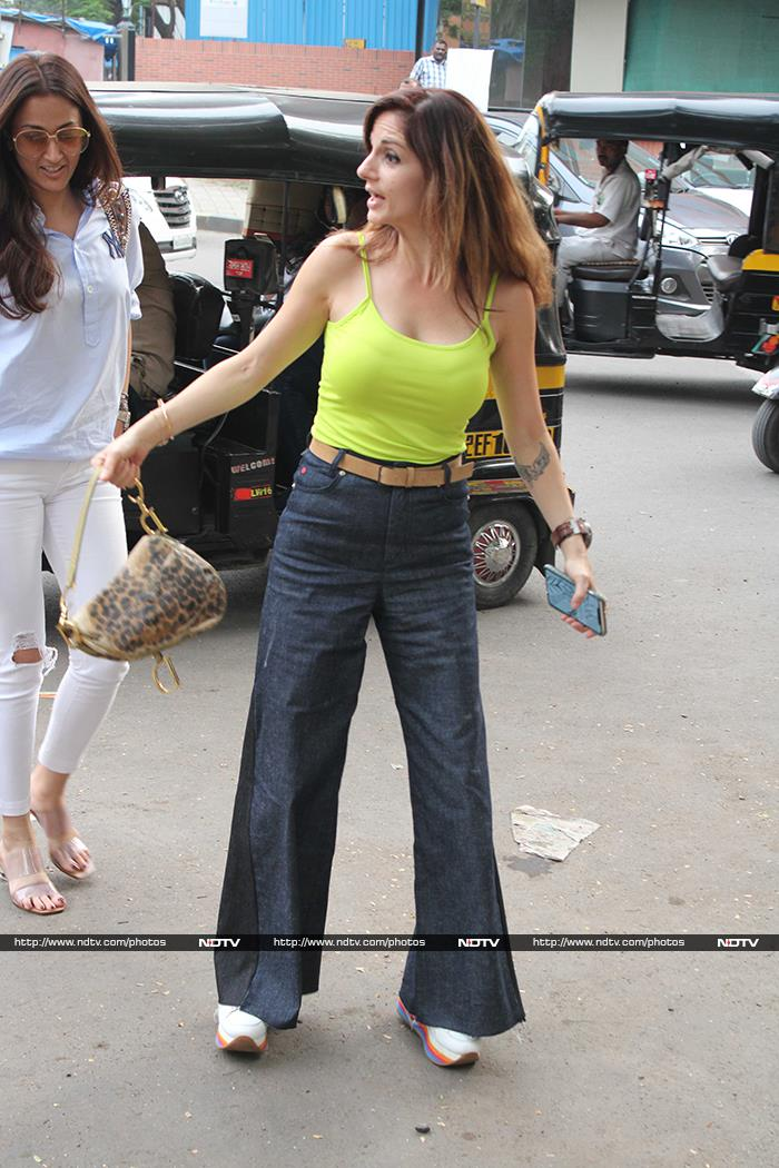 Sussanne Khan And Hrithik Roshan\'s Day Out