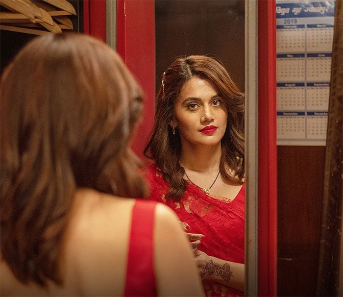 This year, Taapsee\'s much-awaited crime-thriller Haseen Dillruba was released on Netflix. Taapsee co-starred with Vikrant Massey and Harshvardhan Rane in Haseen Dillruba. The film was directed by Vinil Mathew, and it received mixed response from the audience.  This image was posted on Instagram by Taapsee Pannu
