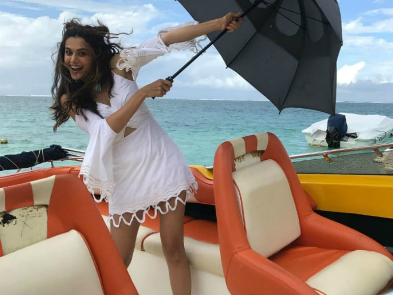Happy Birthday, Taapsee Pannu. Painting Bollywood Pink@31