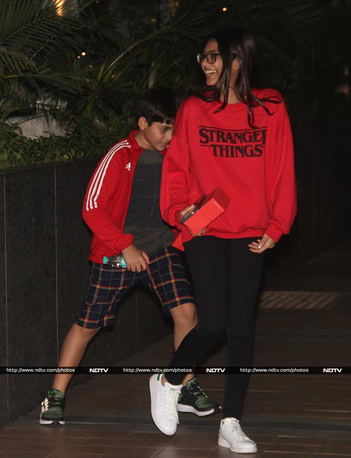 Taimur And Inaaya Attend Friend\'s Birthday Bash