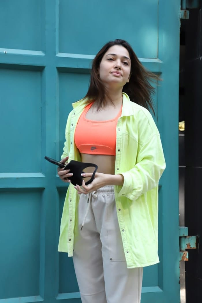 It\'s A Neon Day For Tamannaah Bhatia