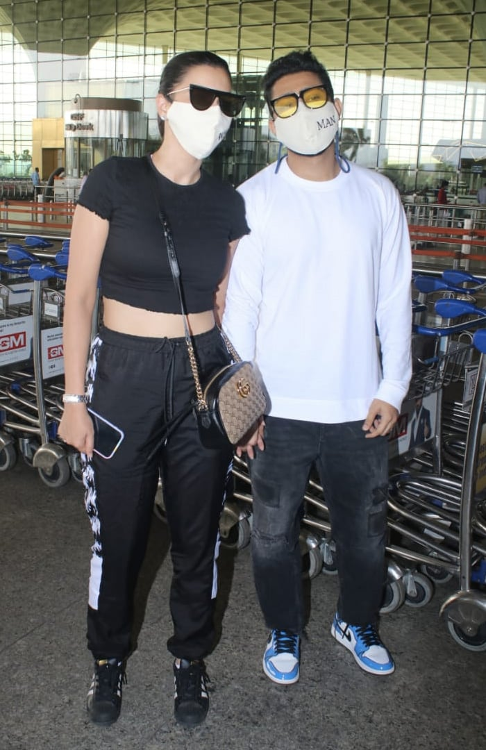Meanwhile, lovebirds Gauhar Khan and Zaid Darbar were also pictured at the airport.