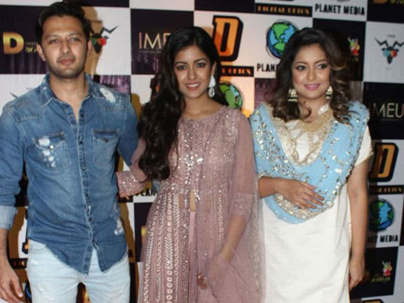 Tanushree Dutta Celebrates Navratri With Family