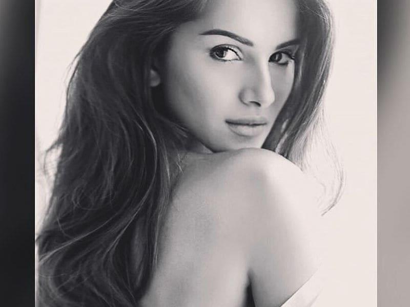 Happy Birthday, Tara Sutaria. Student Ready For Bollywood@23