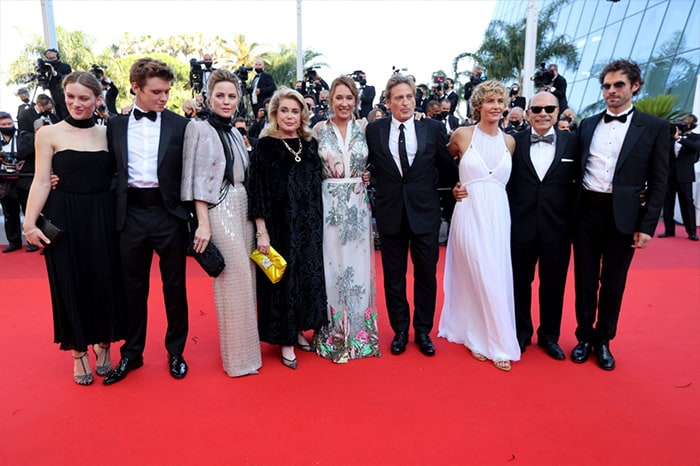 Director Emmanuelle Bercot and the cast of De Son Vivant including French actress Lou Lampros, French actor Oscar Morgan, French actress Melissa George, French actress Catherine Deneuve, French actor Benoit Magimel, Belgian actress Cecile De France and Lebanese actor Gabriel Sara posed as they arrived for the screening of the film.