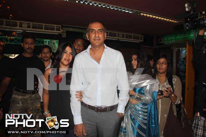 Vidya and \'her men\' unveil the first look of The Dirty Picture