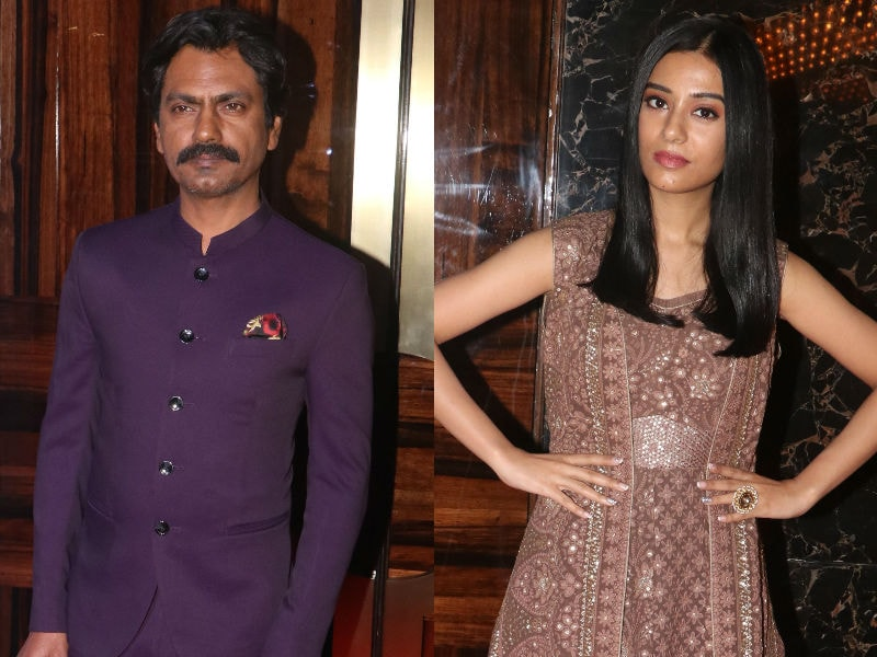 Nawazuddin Siddiqui Watches Thackeray With Amrita Rao, Rohit Shetty