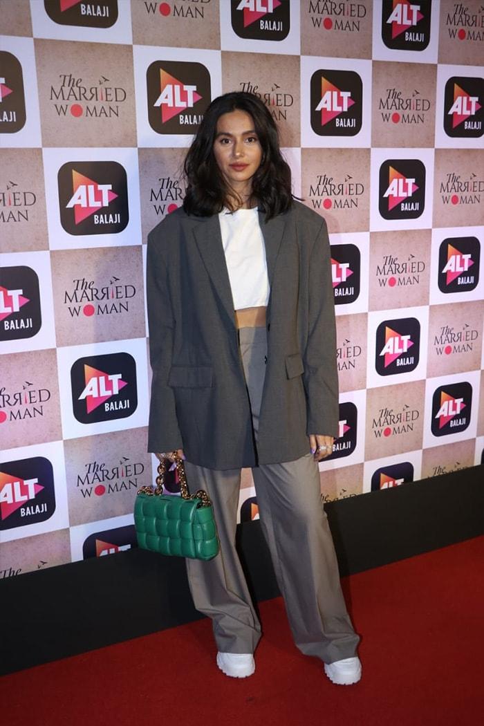 Ali Fazal, Tahira Kashyap, Rhea Kapoor And Others Watch Ekta Kapoor\'s The Married Woman
