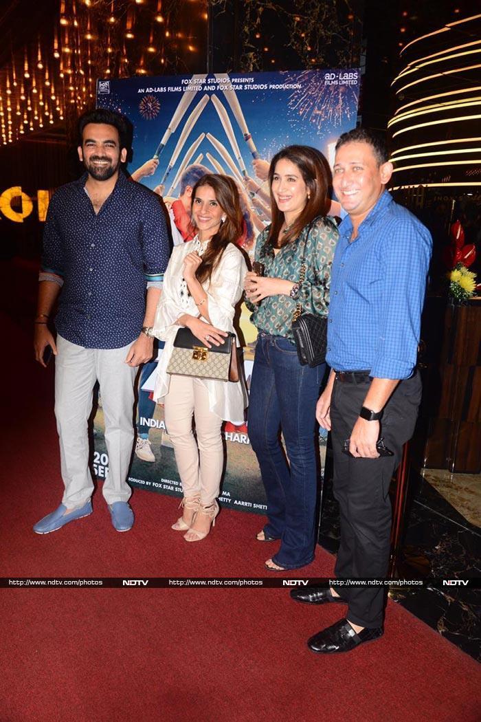 Sonam, Dulquer Salmaan Watch The Zoya Factor With Ajay Jadeja And Ajit Agarkar