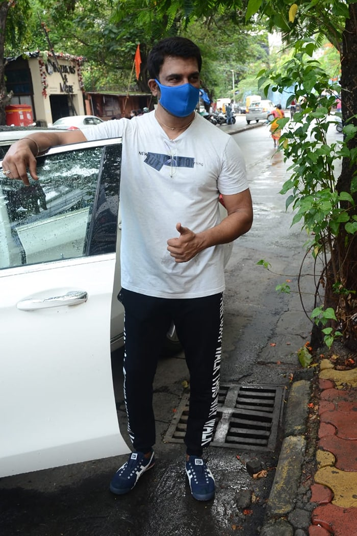 TV actor Sharad Kelkar was also photographed outside his gym.